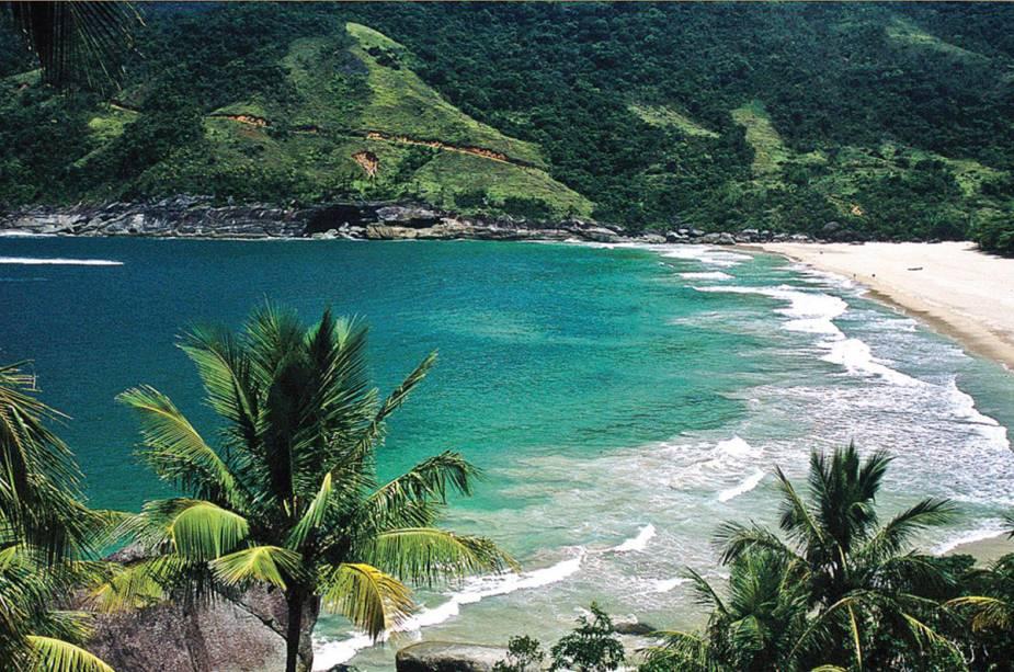 Sonhando com o mar? Conheça quatro praias brasileiras (quase) desertas
