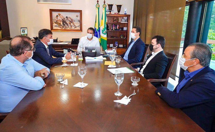 Gestores do Cariri discutem as parcerias em andamento com o Governo do Ceará