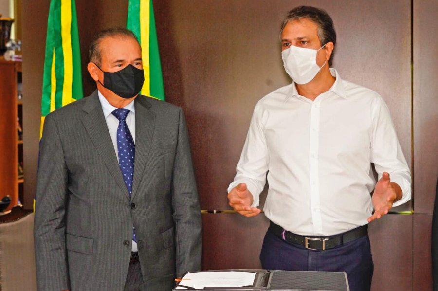 Camilo Santana e Washington Araújo autorizam a implantação do Promojud