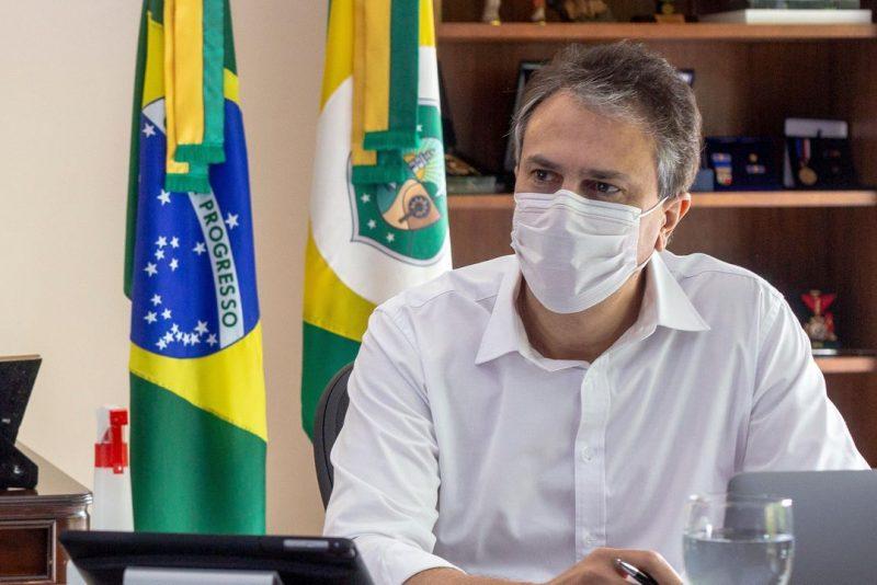 Camilo anuncia mais 122.000 doses de vacina e negocia a compra direta da Sputinik V, em Brasília
