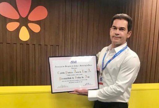 Cândido Pinheiro Júnior recebe o título de Personalidade de Vendas do Ano de 2020 pela diretoria da ADVB