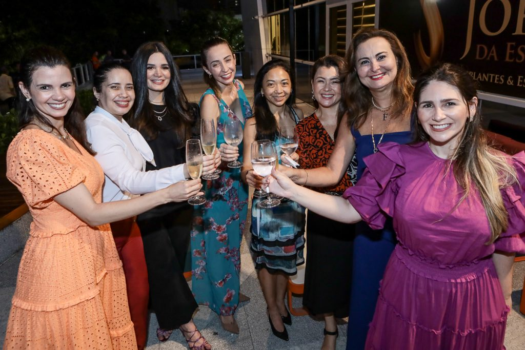 Carol Studart, Nathalia Fontenele, Ruth Estite, Tayanna Braga, Celia Kawano, Lauren Oyama, Fatima Santana E Natalia Da Escossia