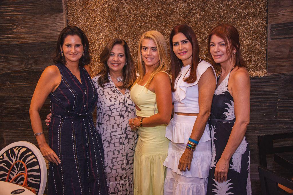 Cecilia Seligmann, Martinha Assuncao, Leticia Studart, Lorena Pouchain E Suzane Farias