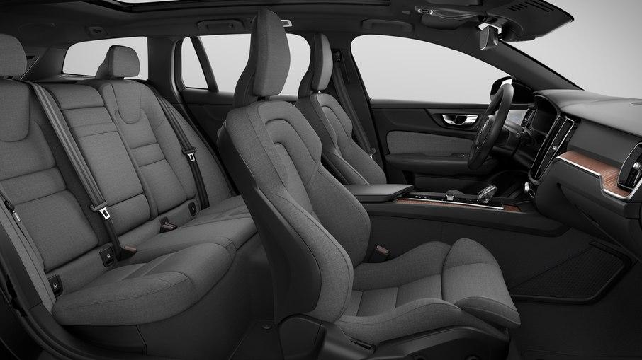 XC60, na versão híbrida, ganha opção de interior em tecido sustentável
