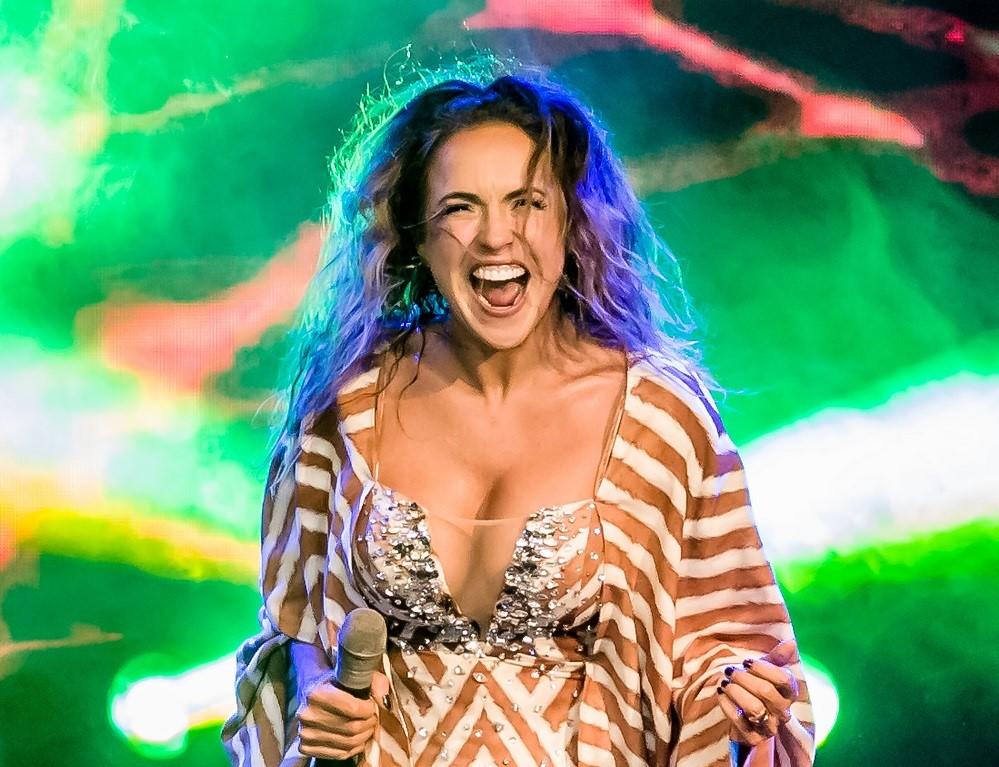 Daniela Mercury anuncia live de Carnaval. Vem saber!