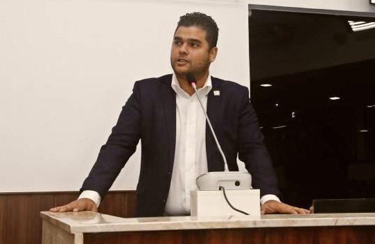 Davi Benevides é eleito novo presidente da Associação dos Municípios do Maciço de Baturité para o biênio 2021-2022