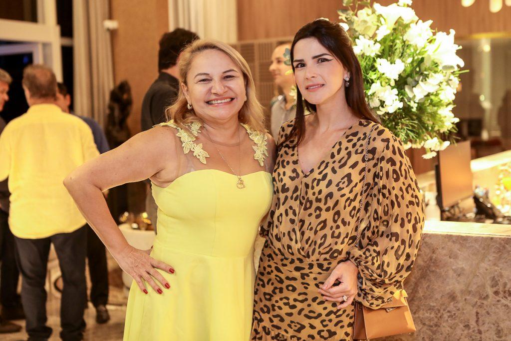 Elenita Castro E Marilia Vasconcelos