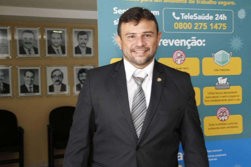Enilson Soares