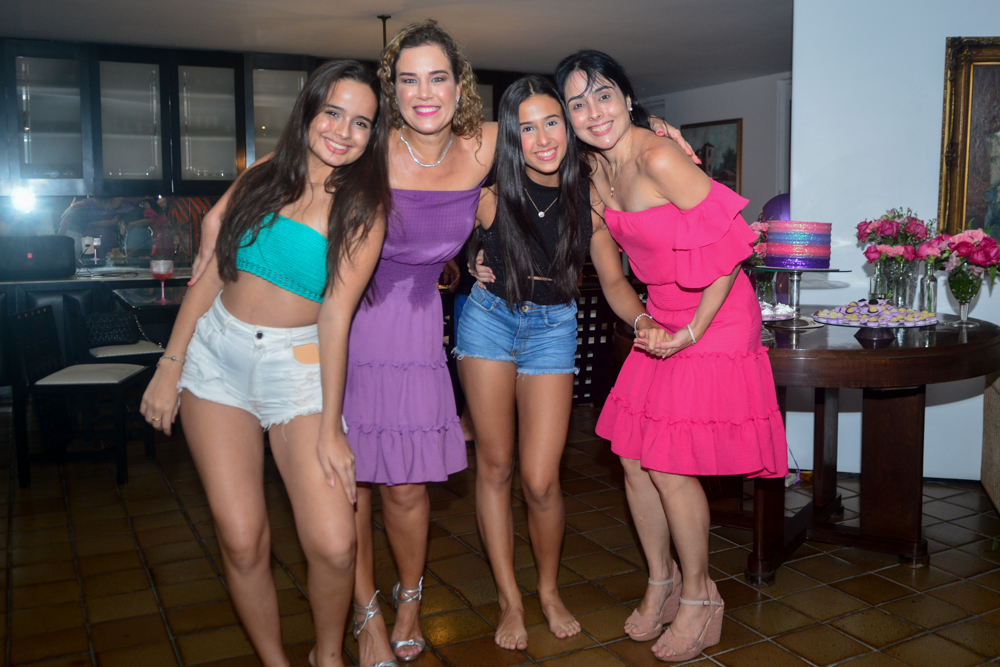 Jéssica Bezerra, Cybele E Manuela Campos, E Renata Bezerra