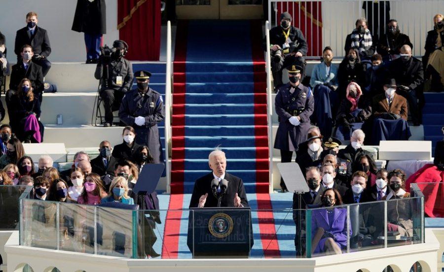 Joe Biden é empossado e afirma que a união deve marcar a sua administração