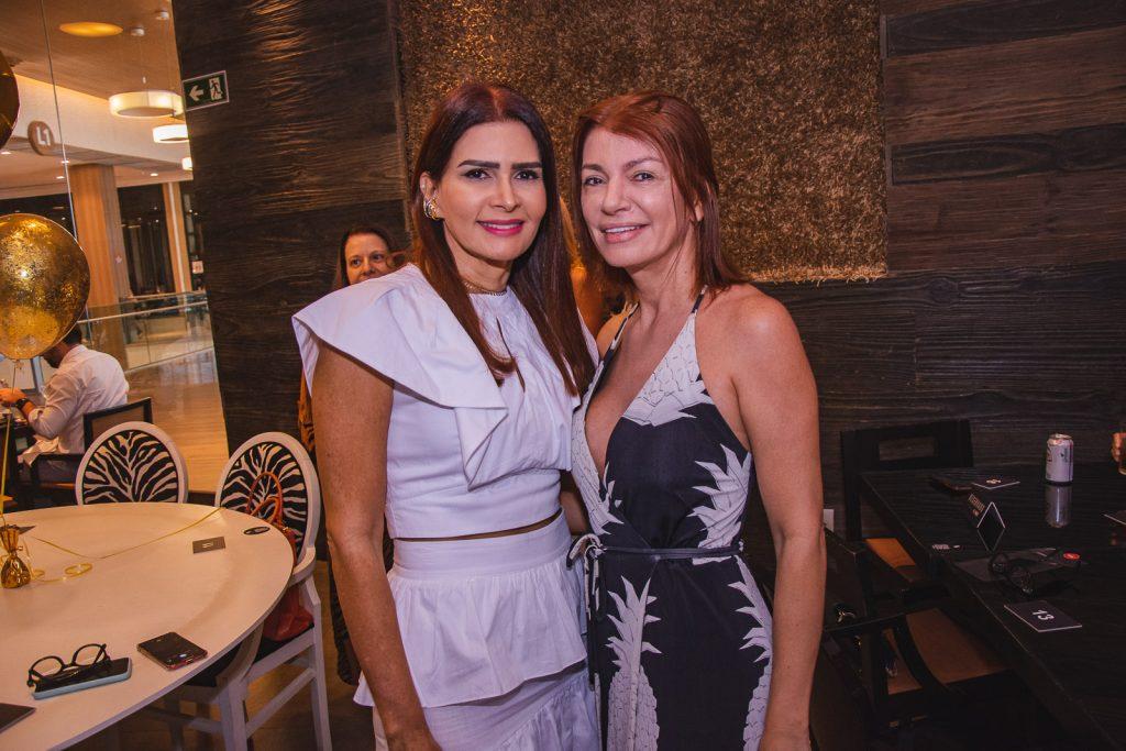 Lorena Pouchain E Suzane Farias