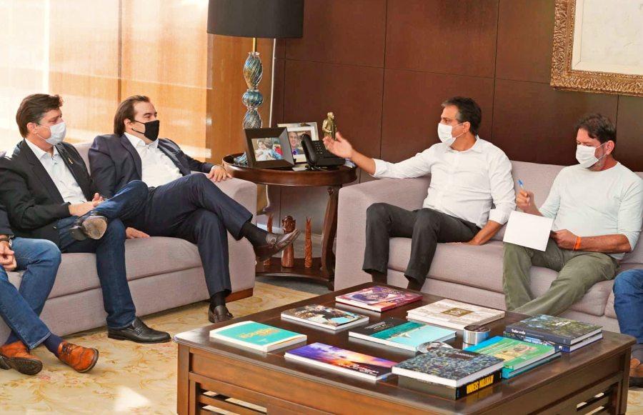 Camilo discute sucessão na Câmara dos Deputados com Rodrigo Maia, no Ceará