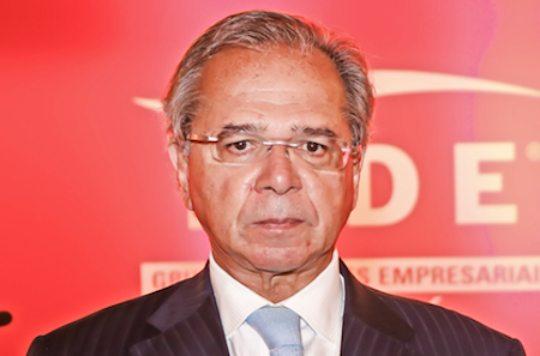 Guedes afirma que a criação de um novo auxílio emergencial travaria o orçamento