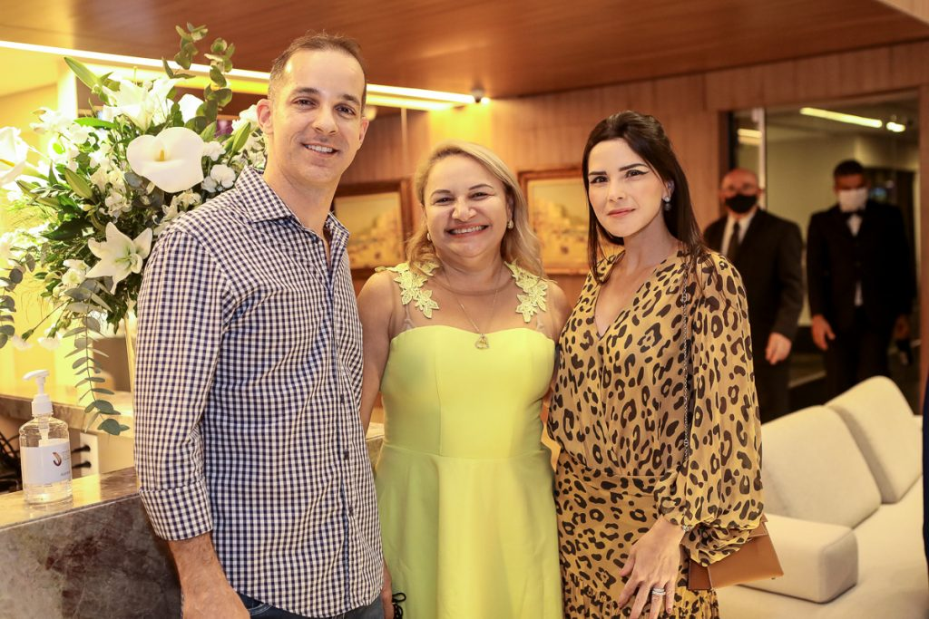 Rodrigo Luna, Elenita Castro E Marilia Vasconcelos