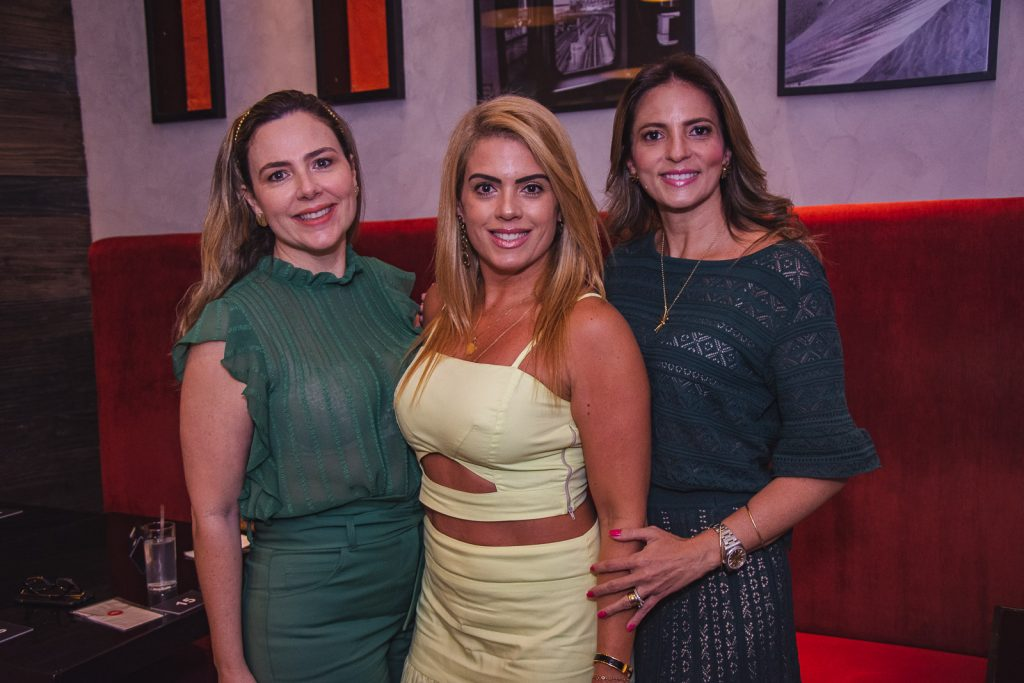 Suyane Dias Branco, Leticia Studart E Michele Aragao (2)