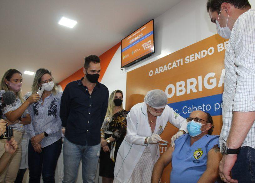 Aracati dá início à imunização contra a Covid-19 com a chegada das vacinas