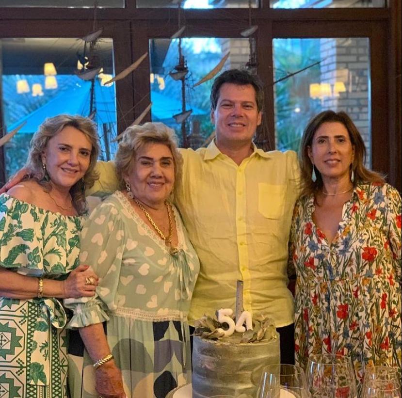 Cláudio Dias Branco brinda a nova idade em Fortim