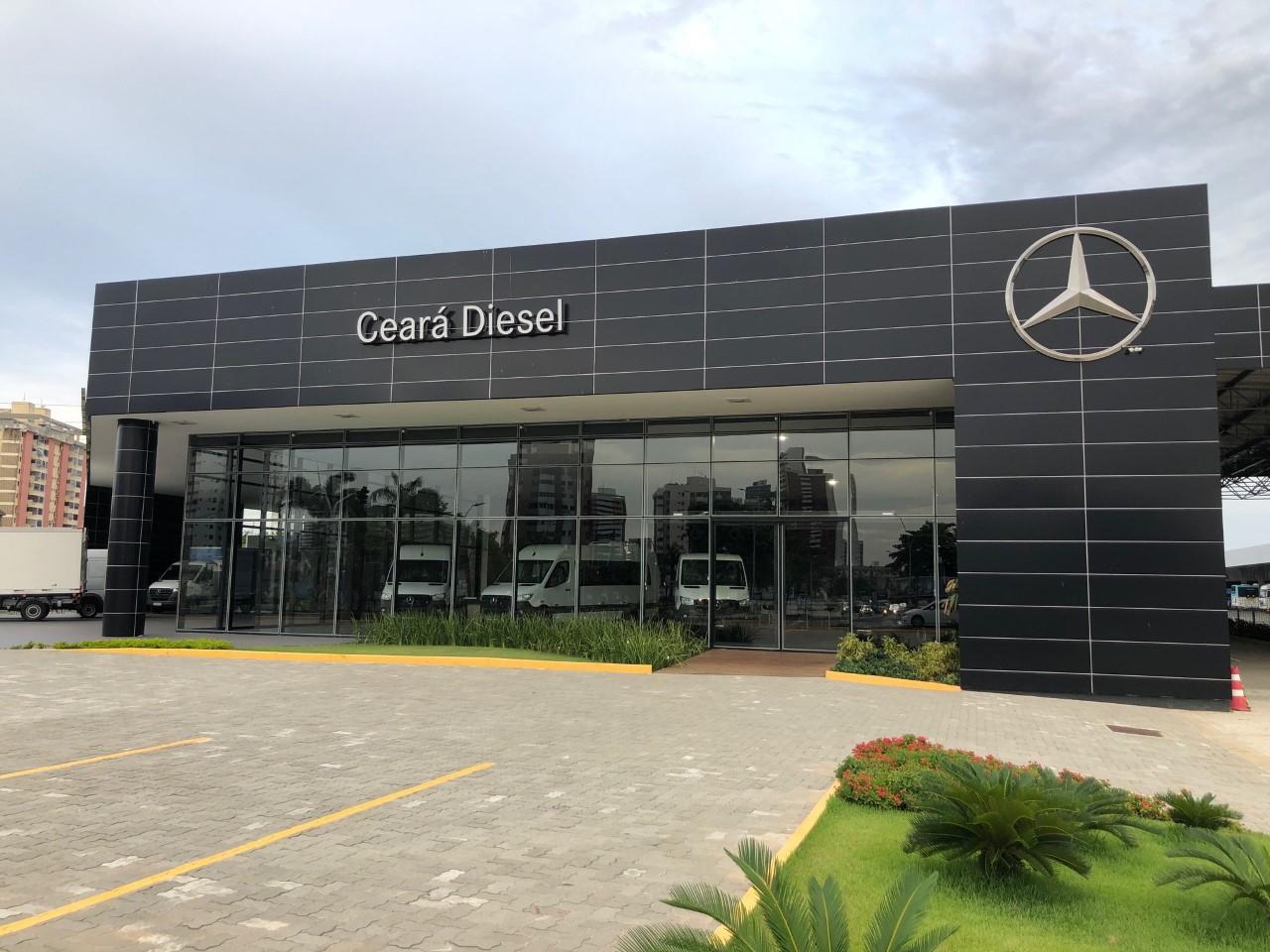 Concessionária cearense inaugura a primeira Van Center do Nordeste