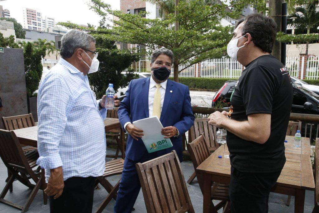 Antonio E Leandro Vasquez E Joao Mendonca