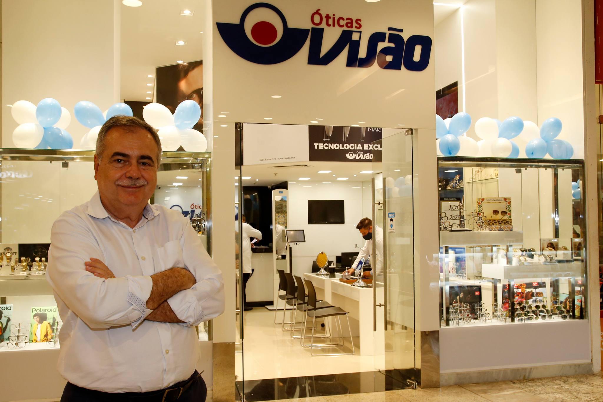 Assis Cavalcante inaugura nova unidade das Óticas Visão no North Shopping