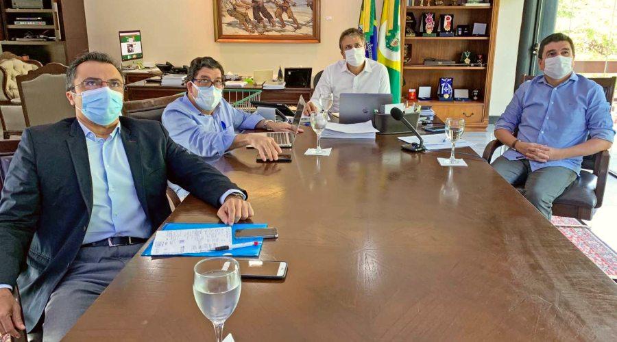 Camilo anuncia suspensão de transporte intermunicipal e barreiras sanitárias em municípios com maior tradição turística