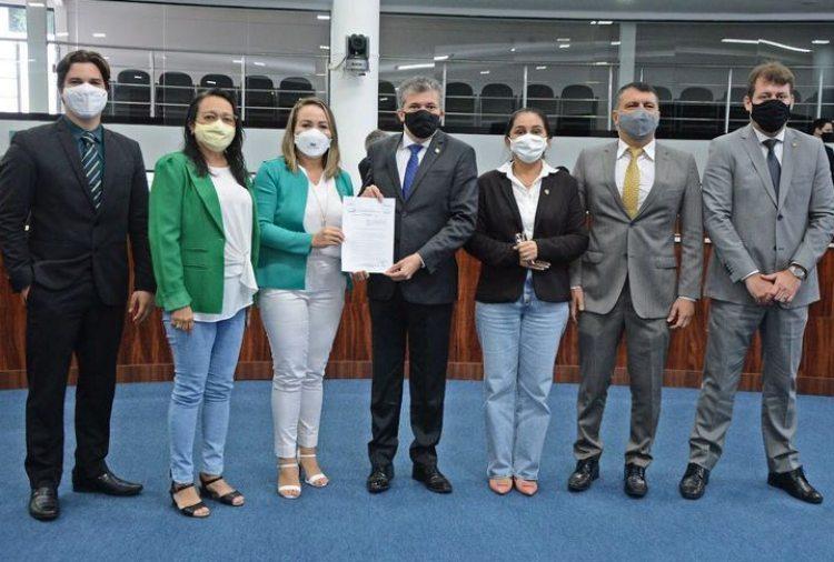 CMFor instala Frente Parlamentar em Defesa da Imunização contra a Covid-19