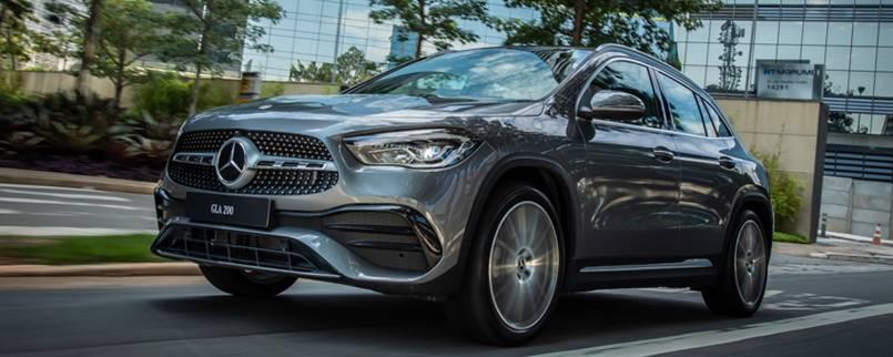 Novo Mercedes-Benz GLA 200 AMG pronto para a estreia