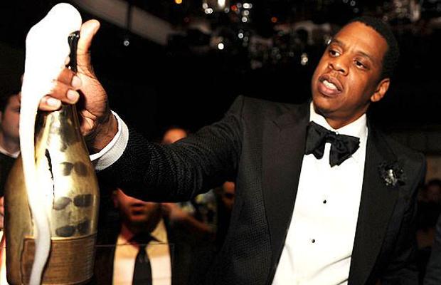 Patrimônio de Jay-Z salta para US$ 1,4 bilhão com as vendas do Tidal e da champagne Armand de Brignac