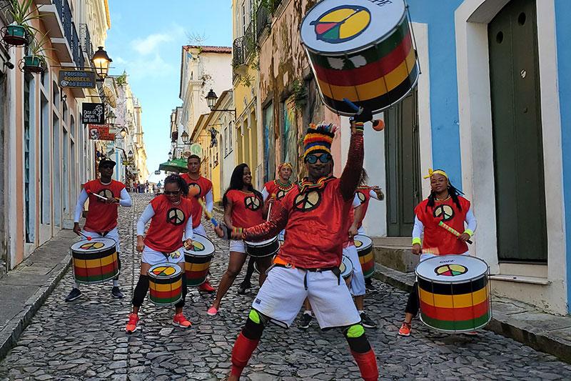 Bohemia encerra sua programação de Carnaval com live do Olodum