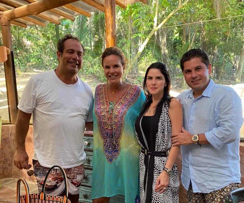 Cearenses aproveitam o fim de semana em Salvador