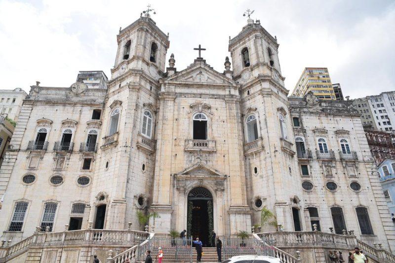 Resgate dos Sinos - Em Salvador, secular Igreja da Conceição da Praia reativa seus sinos após três décadas