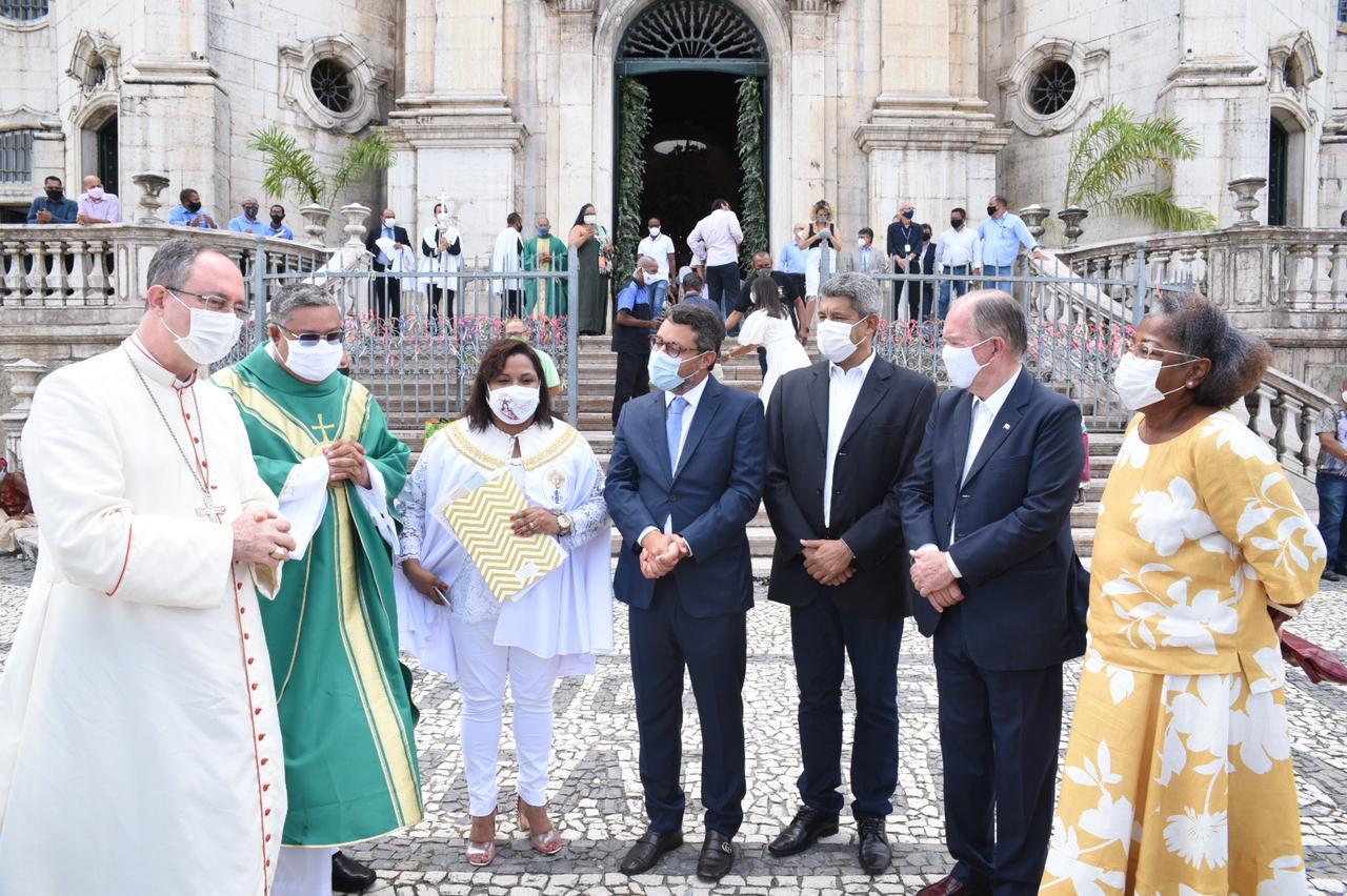 Em Salvador, secular Igreja da Conceição da Praia reativa seus sinos após três décadas