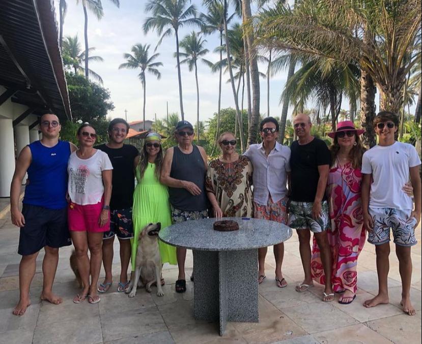 Luiza Cavalcante e Wagner Fernandes celebram a nova idade juntos no Cumbuco