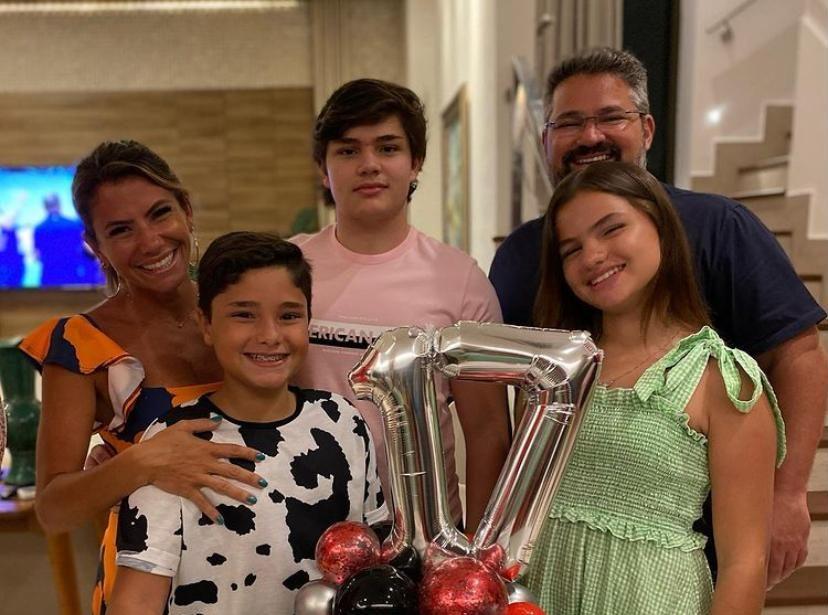 Vanessa e Mário Queirós festejam os 17 anos de Pedro