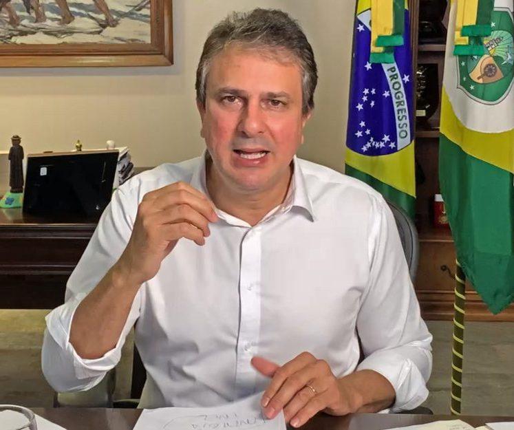 Camilo anuncia que Governo pagará a conta de água de quase 500 mil famílias