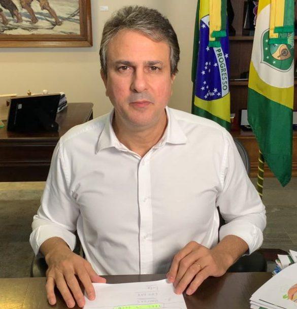 Camilo anuncia a distribuição de 250 mil botijões de gás para famílias vulneráveis