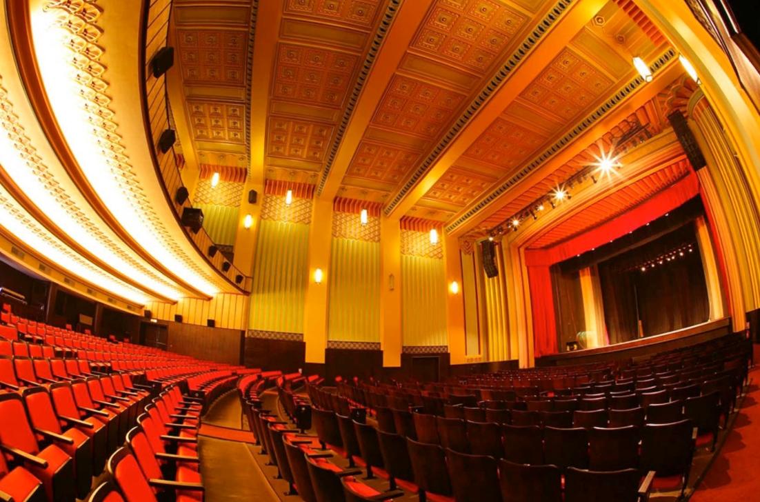 Cineteatro São Luiz celebra 63 anos com programação especial e online. Vem saber!