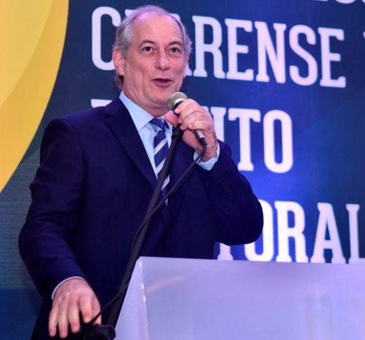 Ciro Gomes ingressa com notícia-crime no STF contra o presidente Jair Bolsonaro e o ministro da Justiça, André Mendonça
