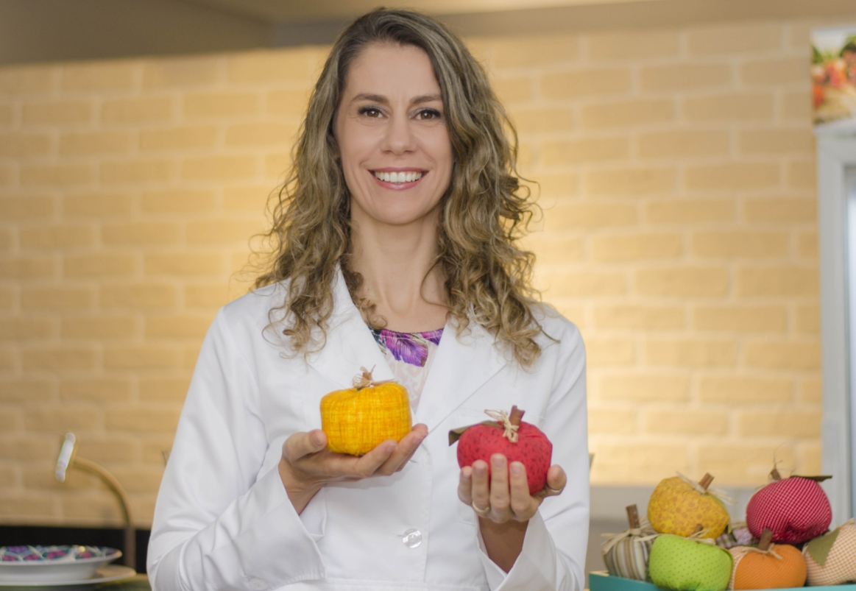 Danielle Lodetti fala sobre nutrição e ansiedade em live do SESI Ceará