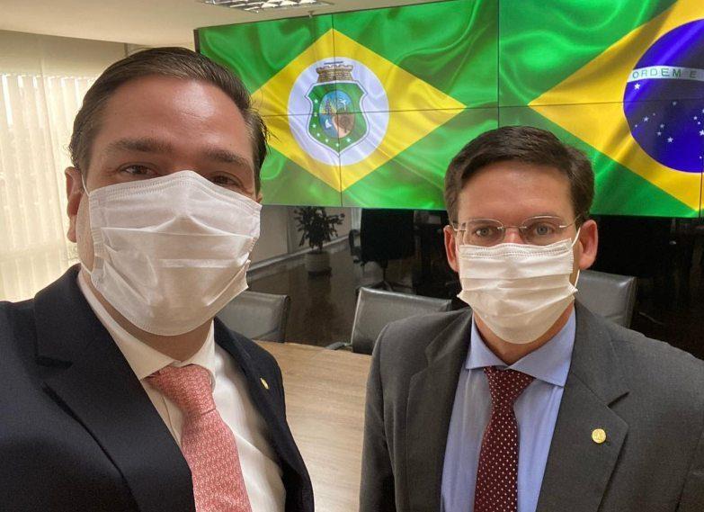 Eduardo Bismarck discute investimentos para o Ceará com ministro João Roma
