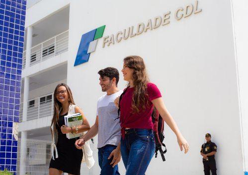 Faculdade CDL oferece desconto especial na matrícula e bolsas de estudo de 50%