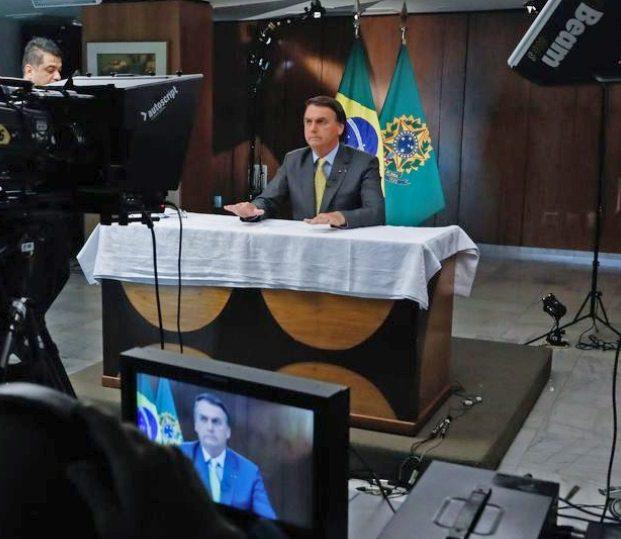 Bolsonaro garante que toda a população brasileira será vacinada até o fim do ano