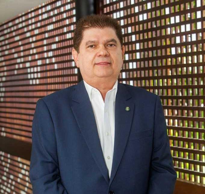 Mauro Benevides Filho é o querido aniversariante desta terça-feira (9)