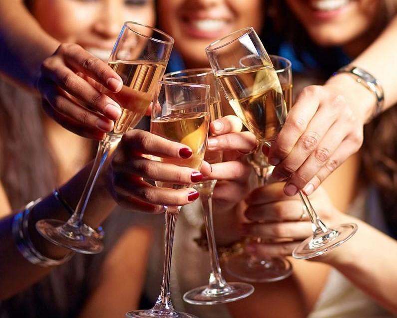 Brava Wine celebra o Dia Internacional da Mulher com promoção especial. Vem saber!