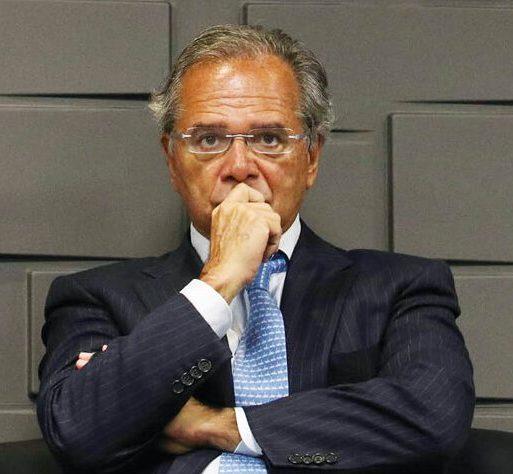 Paulo Guedes admite que recuperação da economia nacional deverá acontecer apenas no segundo semestre deste ano
