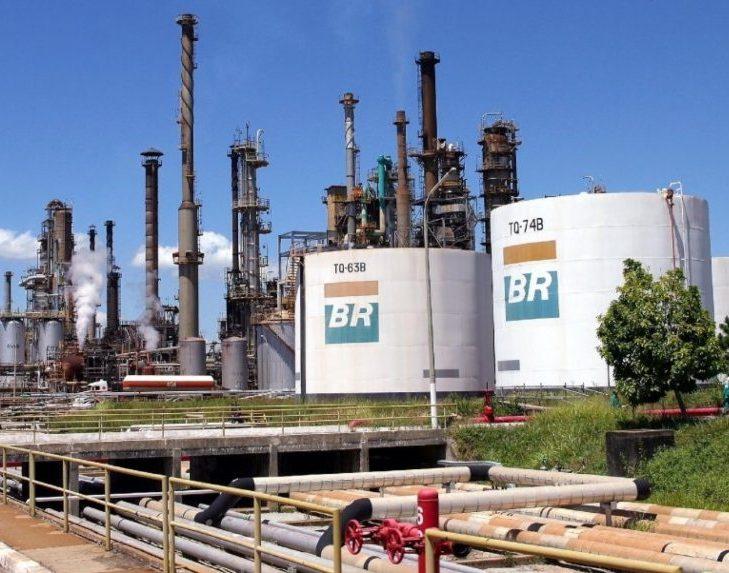 Petrobras anuncia novo aumento no valor da gasolina e do diesel nas refinarias