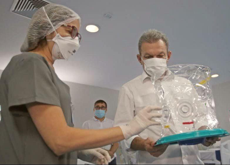 IJF recebe 30 capacetes de respiração assistida Elmo, doados por meio da FIEC, e dez novas UTIs para os atendimentos