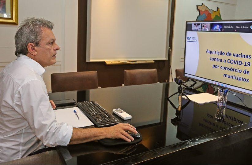 Sarto integra consórcio de prefeituras para compra de vacinas contra Covid-19