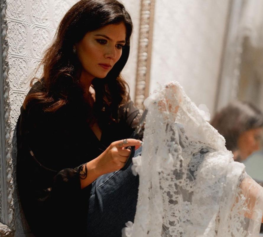 Minimalista Chic é o mote da nova coleção de vestidos de noiva de Ticiana Sampaio