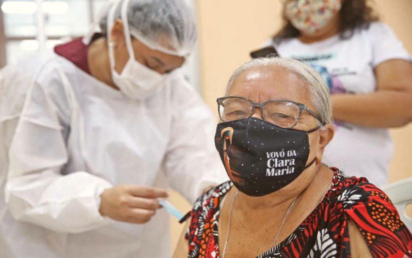 Prefeitura de Fortaleza já vacinou quase 195.500 pessoas contra a Covid-19